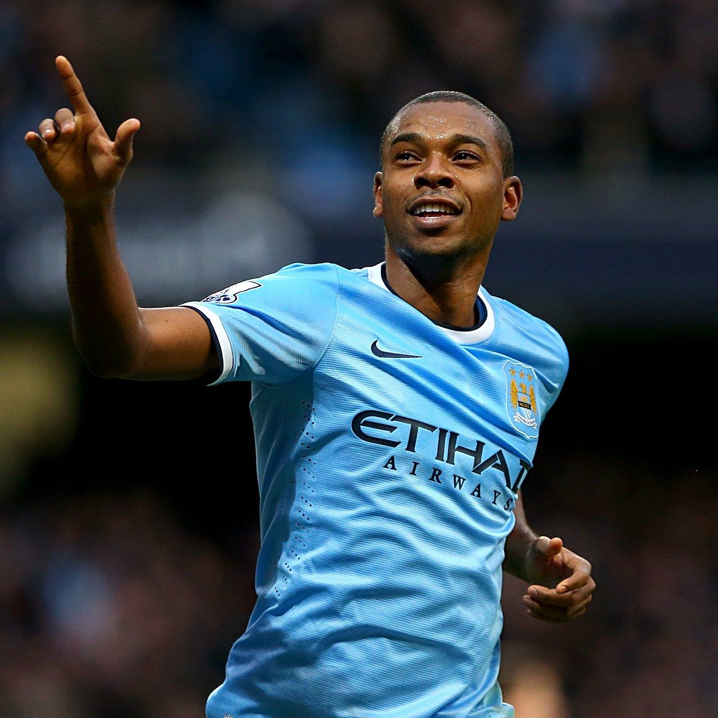 He's back - Fernandinho should start against Barcelona