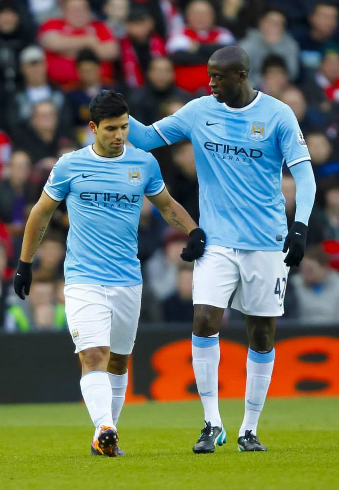 Yes yes Sergio - Yaya congratulates goal number 18 for Aguero Courtesy @MCFC