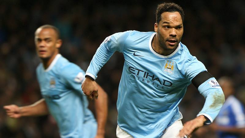 Carry on defending - Lescott wants a second PL medal before leaving City this summer. Courtesy @MCFC