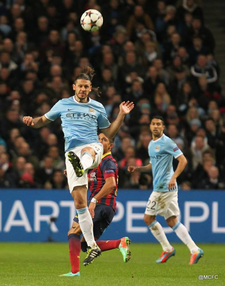 Red card at night, not a delight - Demichelis was sent off in the 1st leg against Barcelona in 2014. Courtesy @MCFC