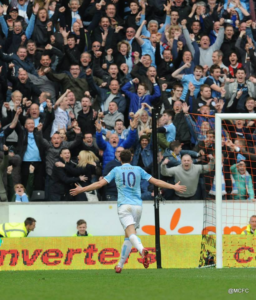 Edin home with 3 points - Dzeko celebrates his goal and City's 2-0 win. Courtesy @MCFC