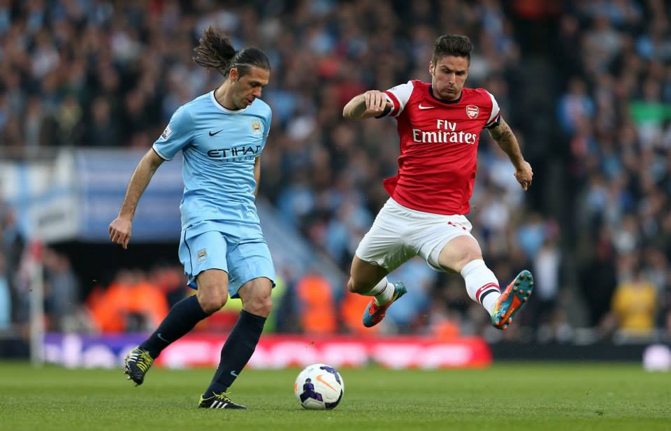 Defensive breach - Demichelis played well but City's defence couldn't keep a 6th consecutive PL clean sheet. Courtesy @MCFC