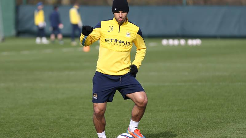 Saviour Sergio - Aguero is back in full training,but will he start for City?  Courtesy @MCFC