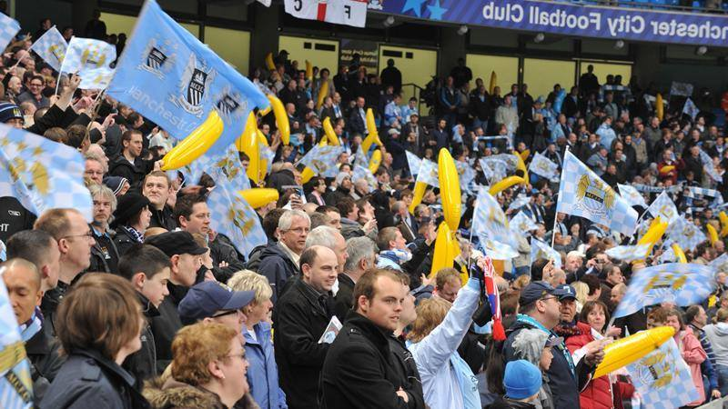Call to Arms - City fans need to get fruity and make NOISE to ignite City's title charge. Courtesy @MCFC