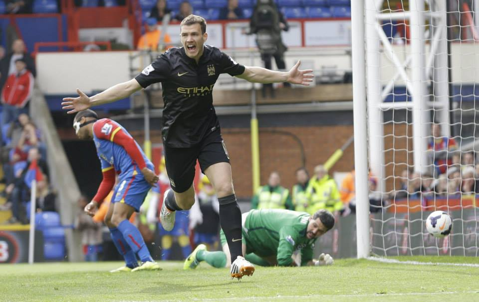Bosnian fire - Dzeko was fully committed to City's cause at Selhurst Park. Courtesy @MCFC