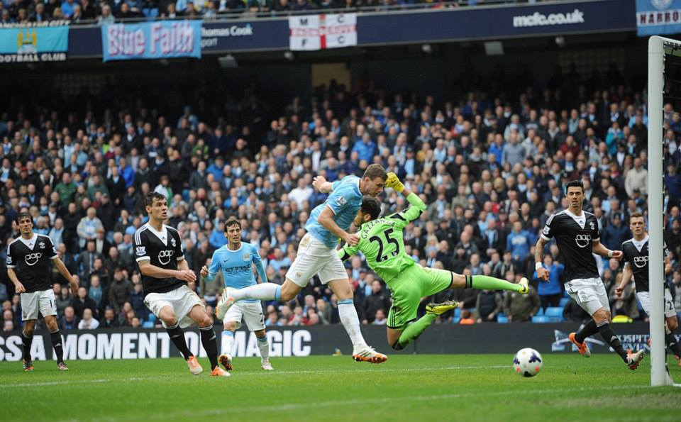 Way ahead - Dzeko's powerful header made it 3-1 at half time. Courtesy @MCFC