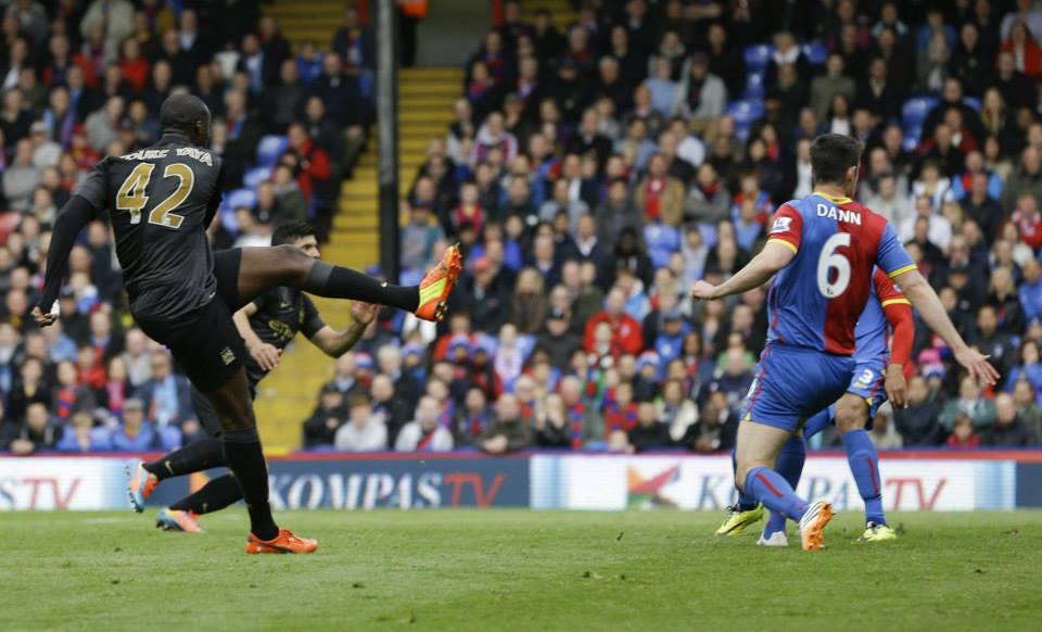 Angling for goal - Yaya's 23rd goal of the season set the seal on the win. Courtesy @MCFC