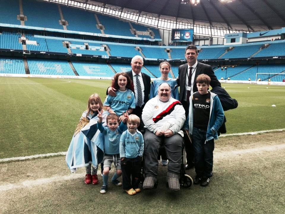 True Blues - Team Glennon went pitchside with Buzzer and Sky Pundit Niall Quinn.
