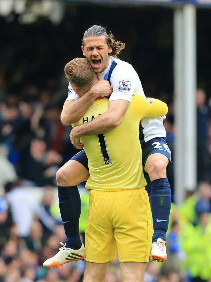 Hugs but no lovebites! - Demichelis and Hart celebrate the win. Courtesy @MCFC