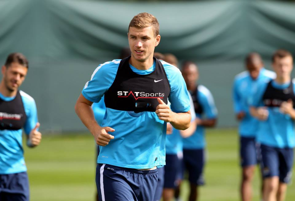 Strikeforce - Edin Dzeko will sign a new contract extension and then it's 'Carry On Scoring'. Courtesy @MCFC