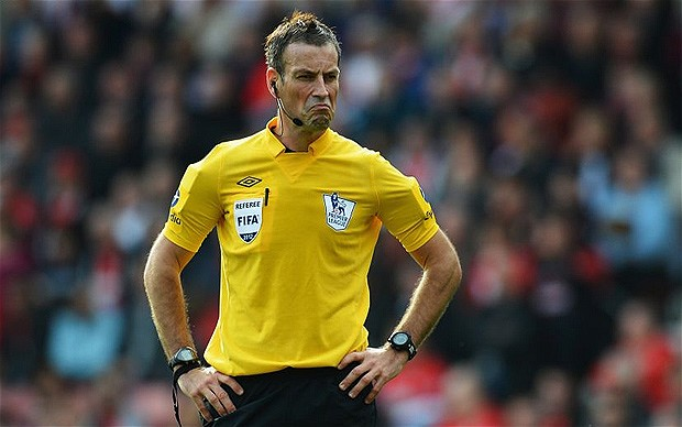 Poseur - Clattenburg just loves the limelight even when his performances are less than illuminating.