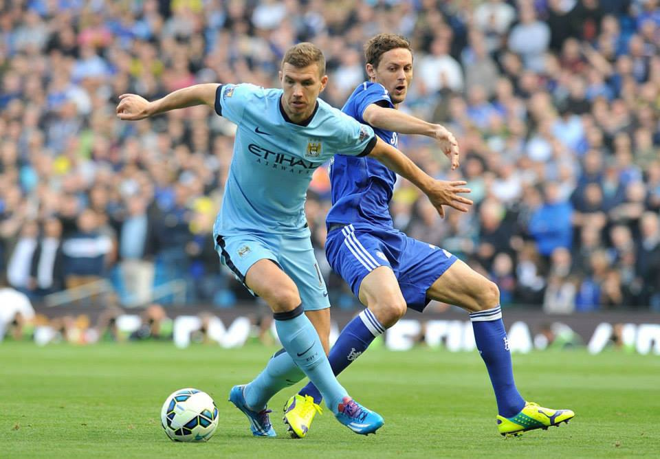 Dzeko denied - Edin had a stonewall first half penalty but ref Mike Dean saw it otherwise. Courtesy@MCFC