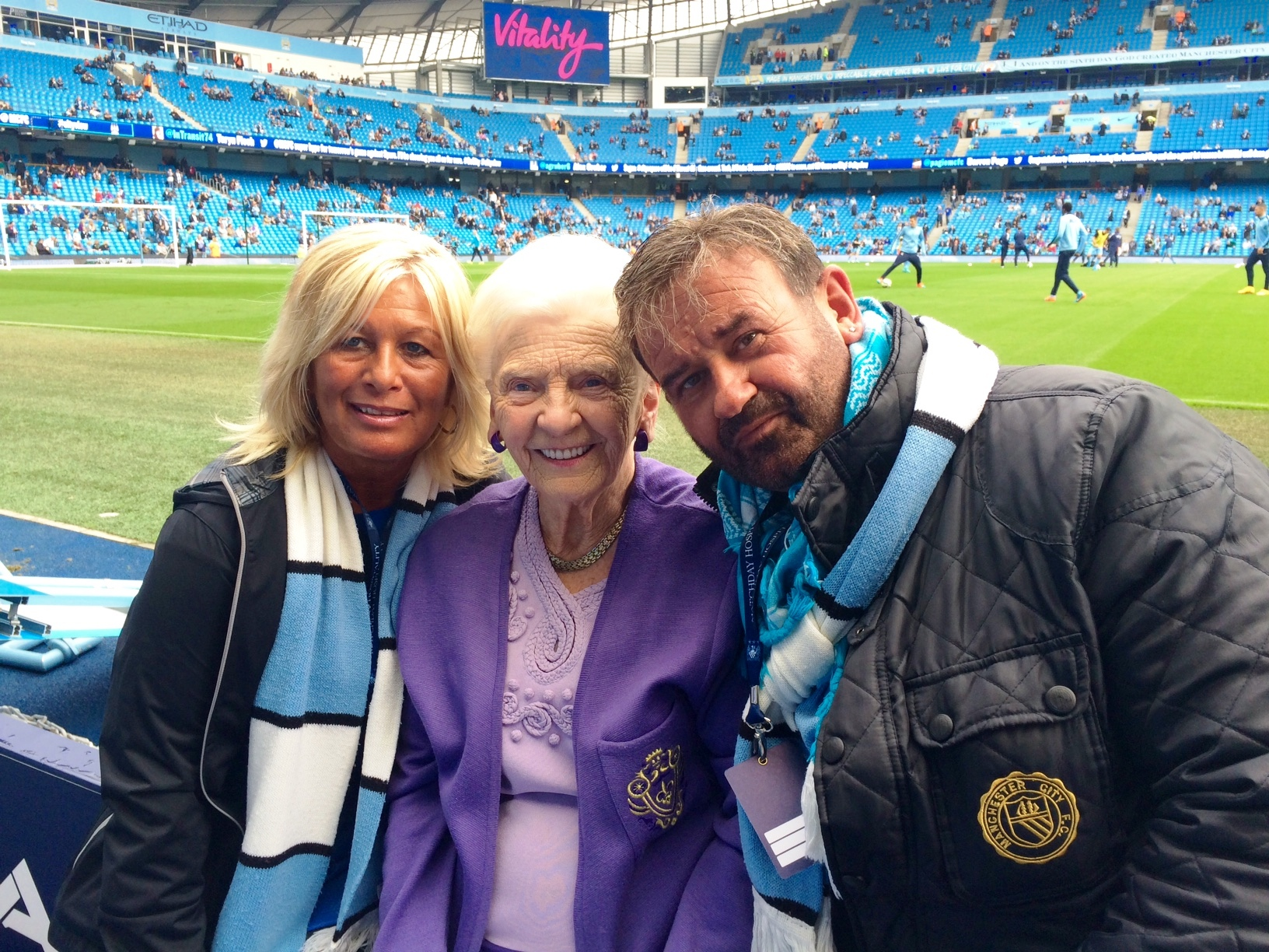 Two ladies and a dodgy blogger - Debi, Rose Woolrich and myself.