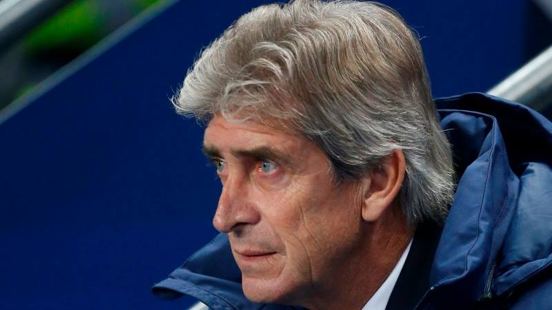 Pensive Pellegrini - it's all going wrong for Manuel.  Courtesy@MCFC