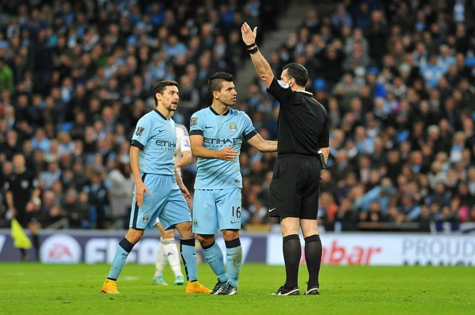 The name almost says it all - Ref Neil SwarPrick had a stinker! Courtesy@MCFC
