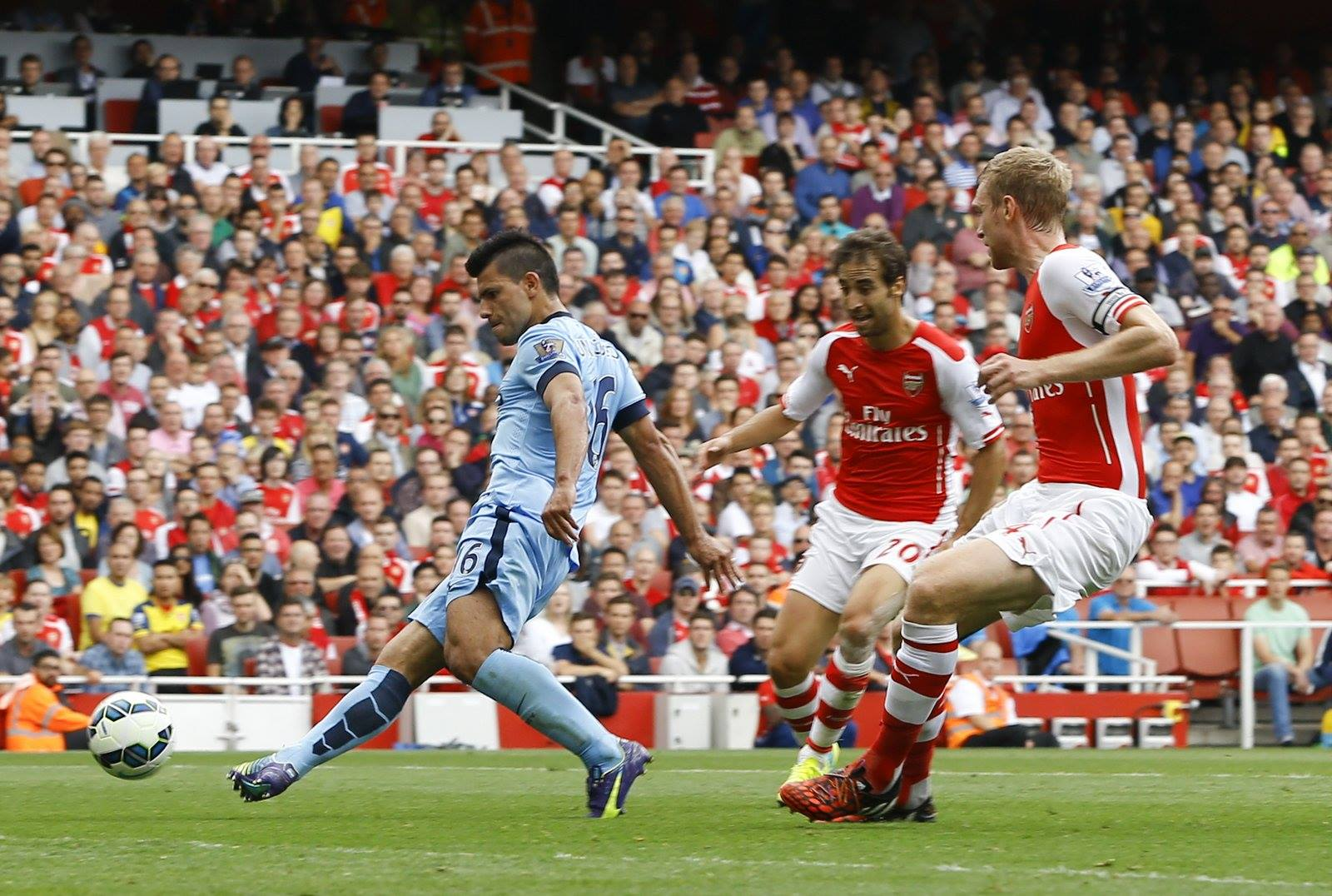 Actions speak louder than words - Aguero's goals can help shut whinging Wenger up at thye Etihad today. Courtesy@MCFC