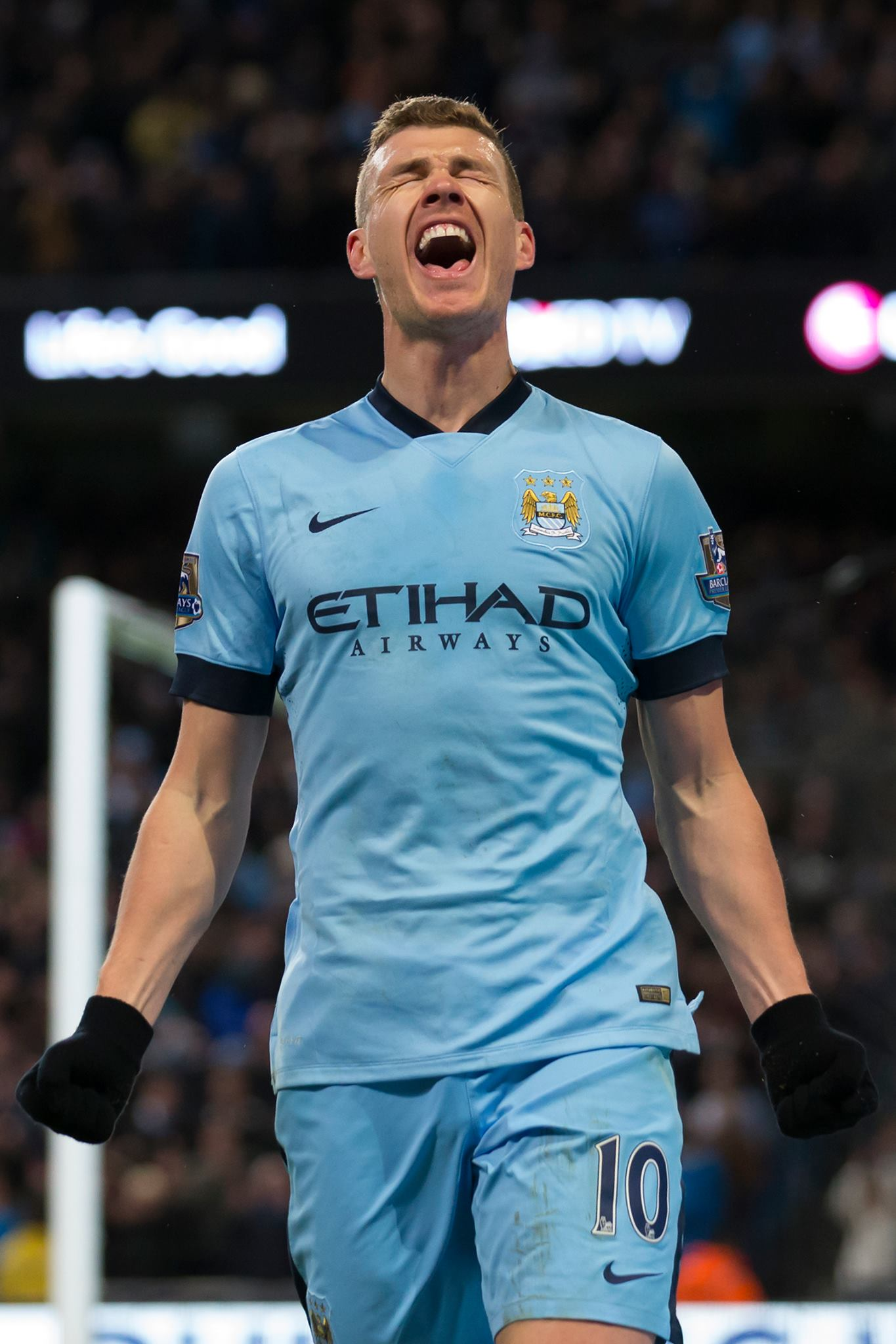 Commitment & passion - Dzeko was superb against Newcastle a week ago. Courtesy@MCFC