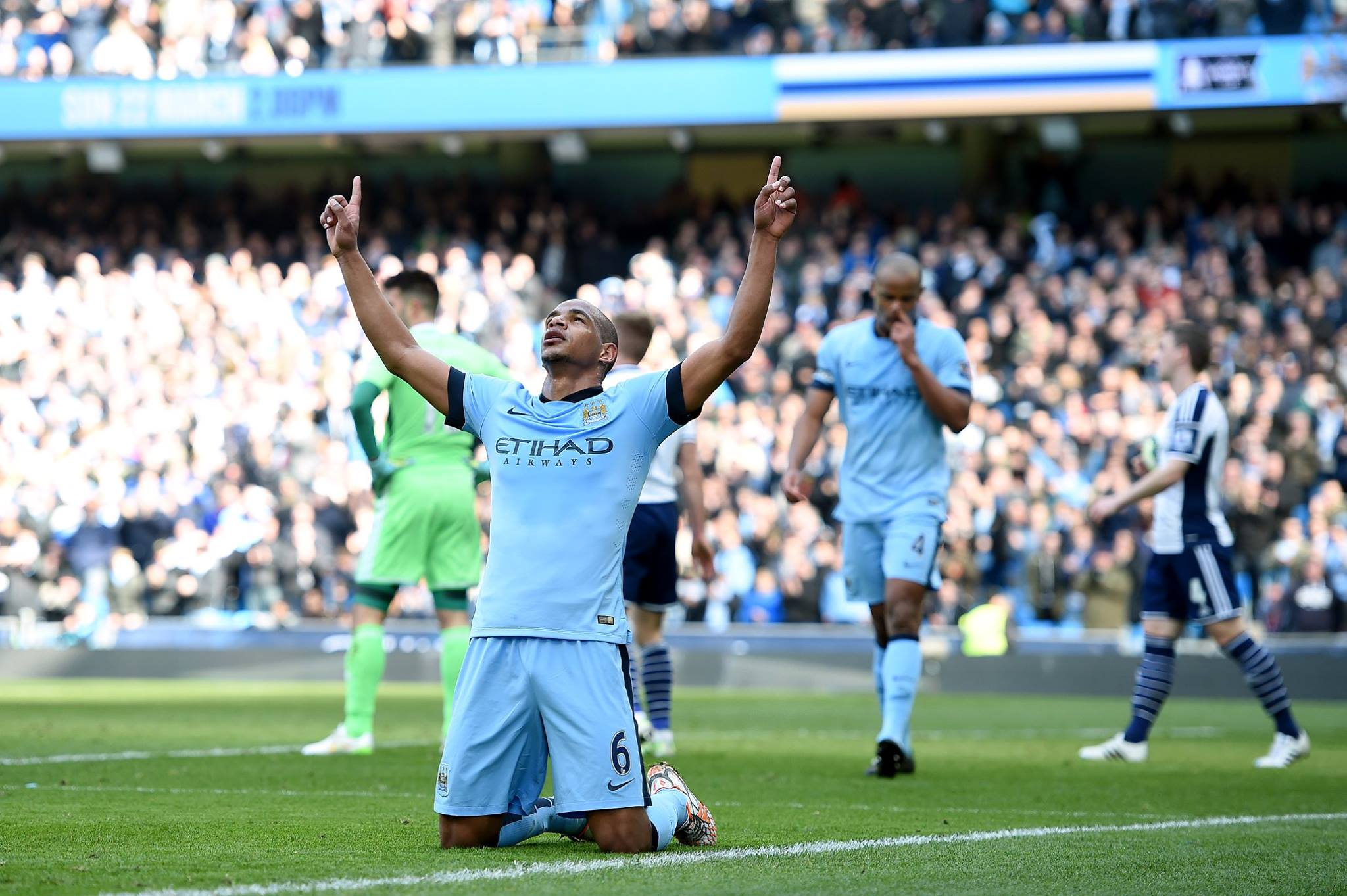 Praise The Lord - miracles can happen...Fernando scored...and from a corner - allegedly! Courtesy@MCFC