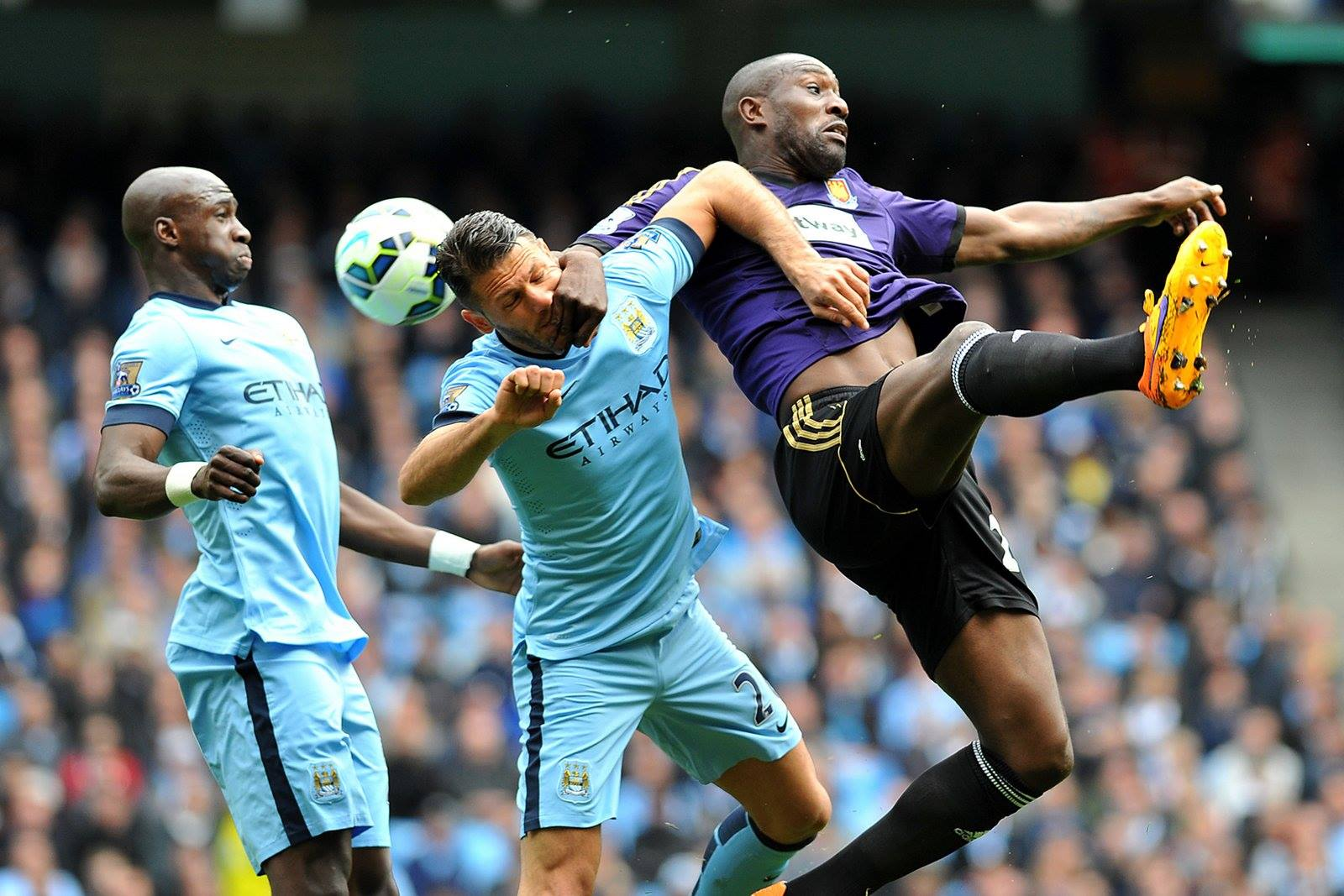 Ministry of Defence - Demichelis and Mangala are City's centre back partnership in Kompany's absence. Courtesy@MCFC