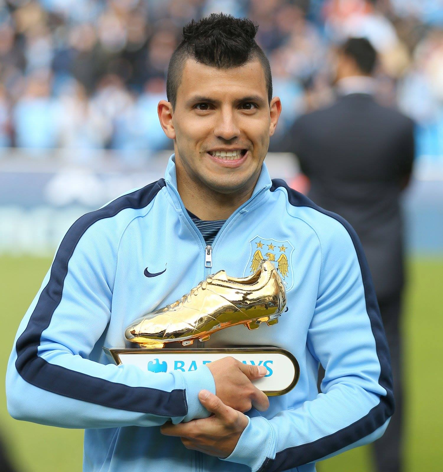 Goal-den Boy - Super Sergio wants to win his second consecutive Golden Boot Award by bagging a brace or more at Swansea. Courtesy@MCFC