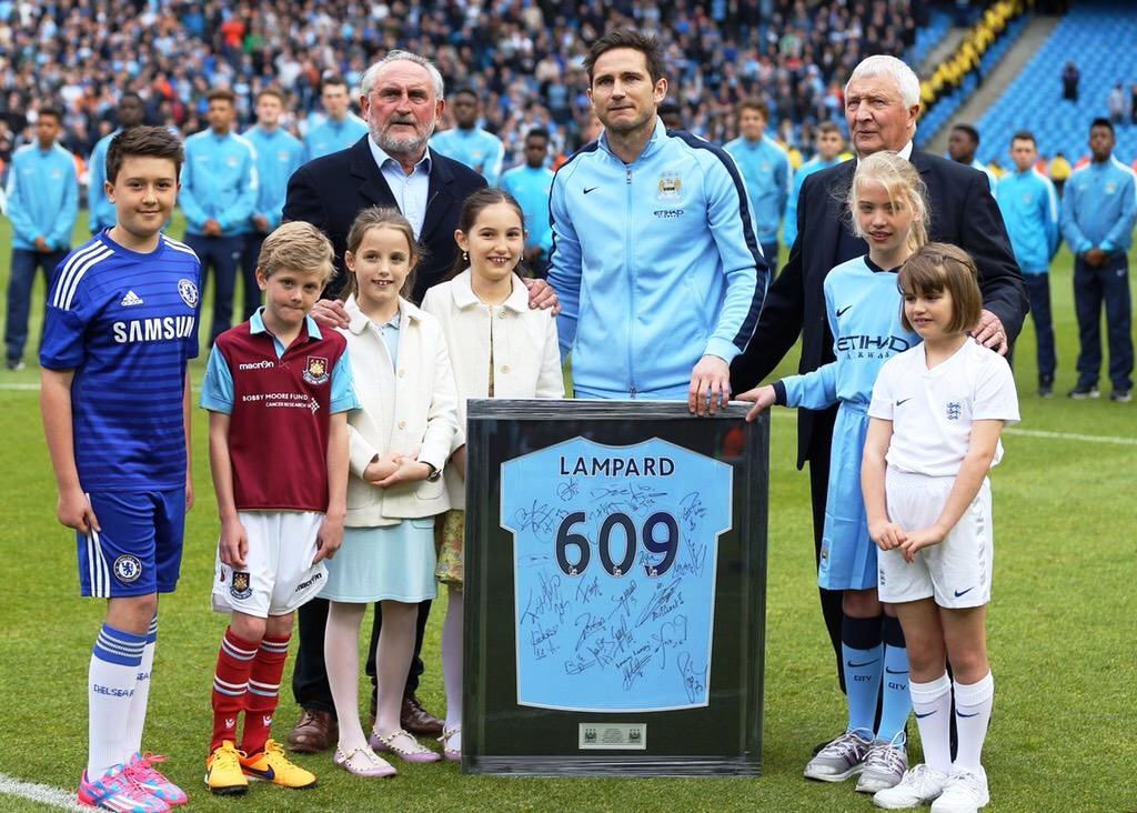 Emotional send off - Super Frank was joined by his Dad, Frank Snr & City Ambassador Buzzer, for a shirt presentation on the pitch. Courtesy@MCFC