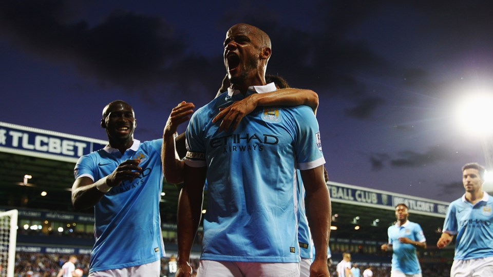 Battle Cry - Captain Kompany is back and leading his City troops from the front. Courtesy@MCFC