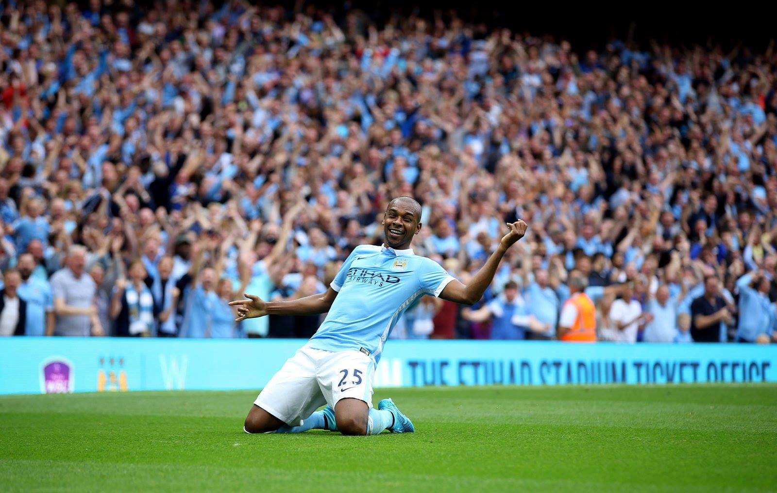 On your knees - If City can continue where they left off after the international break Crystal Palace could come crashing down. Courtesy@MCFC