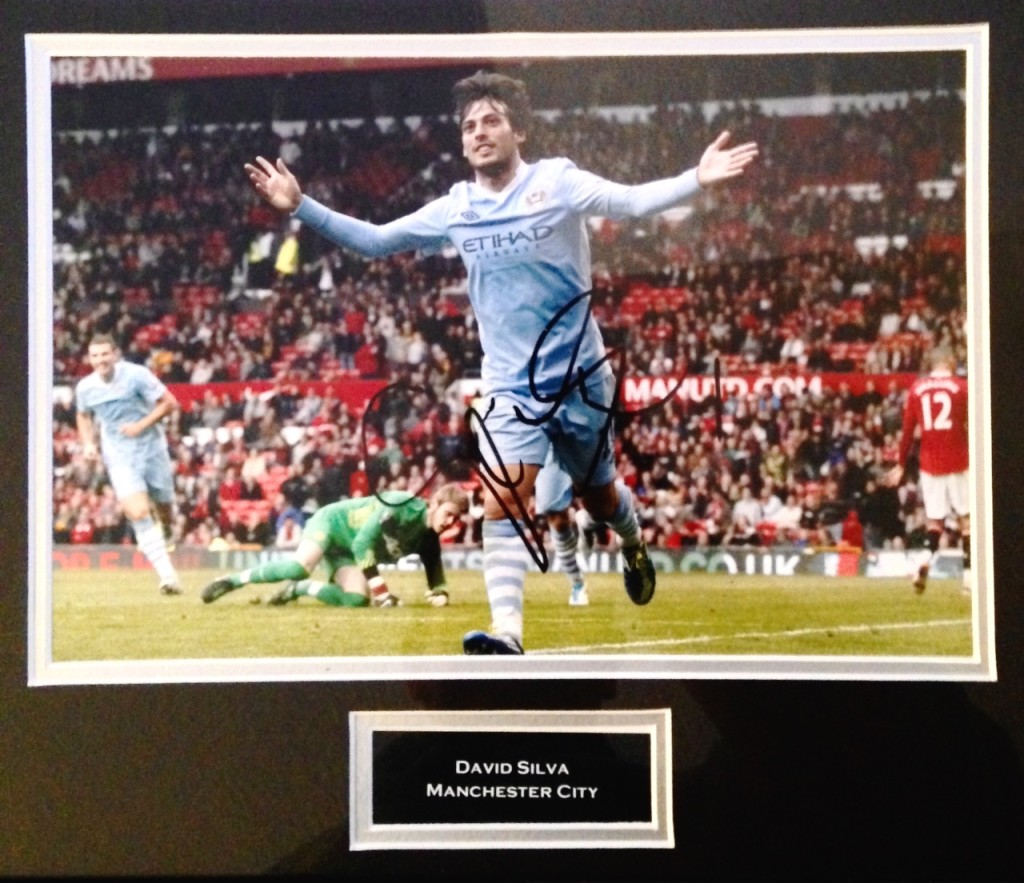 Win this David Silva signed photo from the 1-6 Old Trafford massacre.