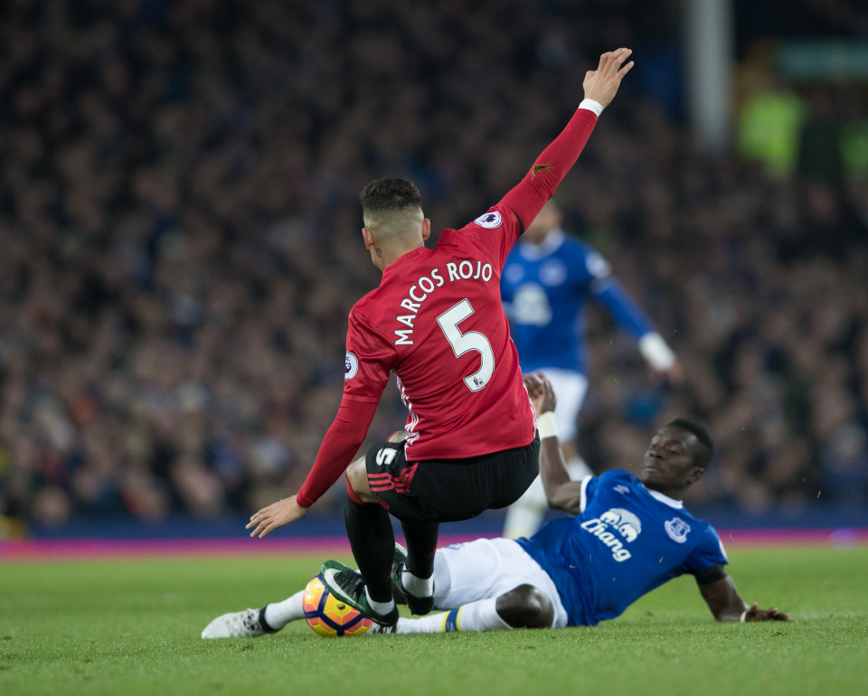 Only yellow for a Red - United Rojo was only booked for this obvious sending off offence against Everton. Why?