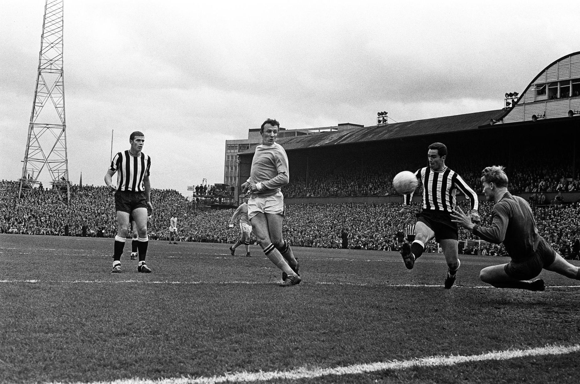 Winning the First Division title in a thrilling 4-3 encounter against Newcastle in 1968 isn't Colin's most memorable ever game.