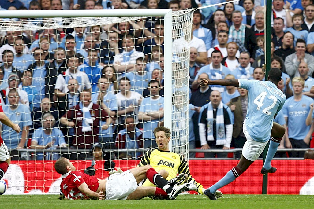 Yaya puts United to the sword in the 2011 FA Cup semi final.
